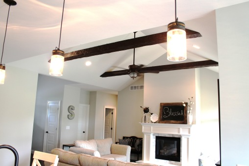 109 Redtail Dr-Beams