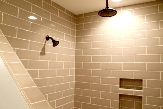 109 redtail-master shower